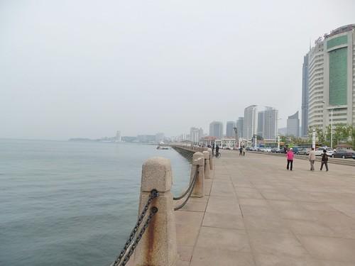 CH-Yantai-Promenade (1)