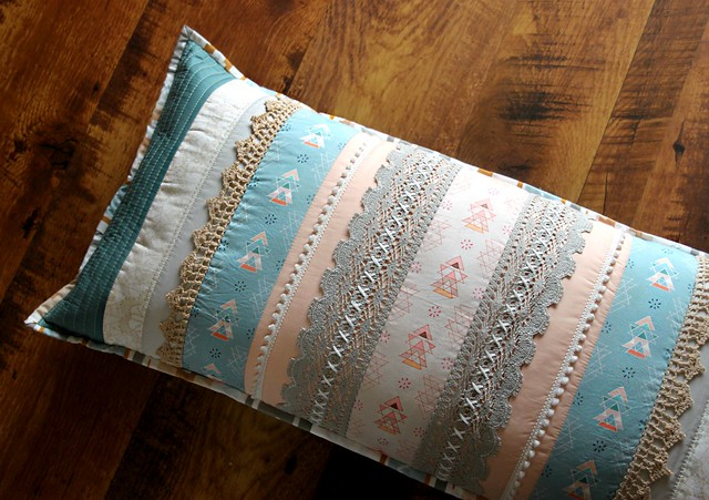 Miniments & Lace Pillow