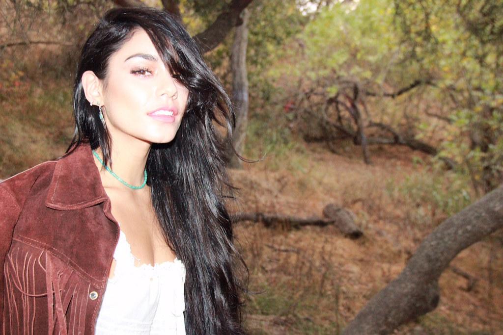 Ванесса Хадженс — Фотосессия для «Beauty Coach» 2015 – 2