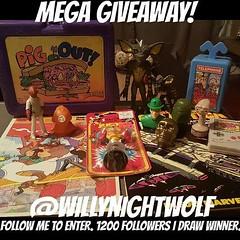 Go follow @willynightwolf for an awesome giveaway #toyhustle #toyhorder #toytrades #vintage #toysagram #ToysAreMyDrug #weirdstuff #TomKhayos #ToyGameScroogeMcDuck #RagingNerdgasm #70s #80s #90s #toyfinds #toyhunting #toyhustle