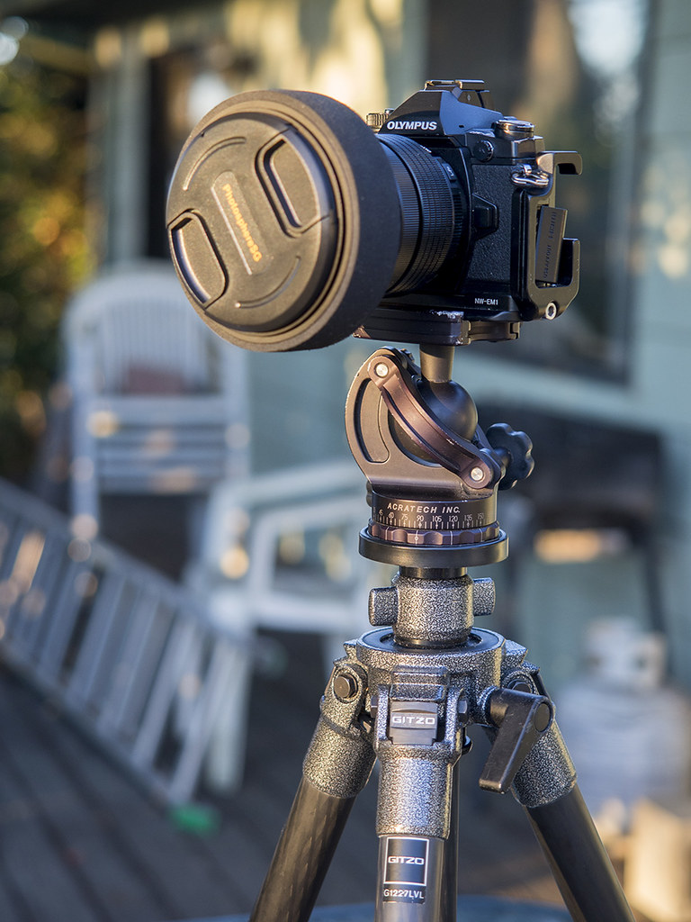 Porte filtre pour l'Olympus 7-14mm Pro F2.8 22962674522_e95a365fe3_b