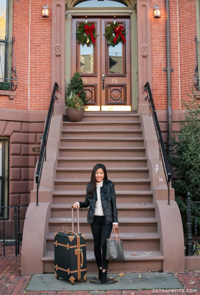 faux-fur-vest-black-travel-outfit