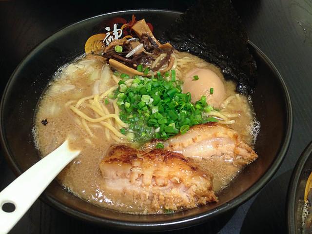 kamikaze-pork-ramen