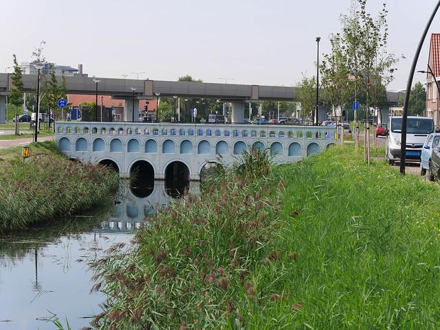 5 Euro Bridge Facade in Spijkenisse