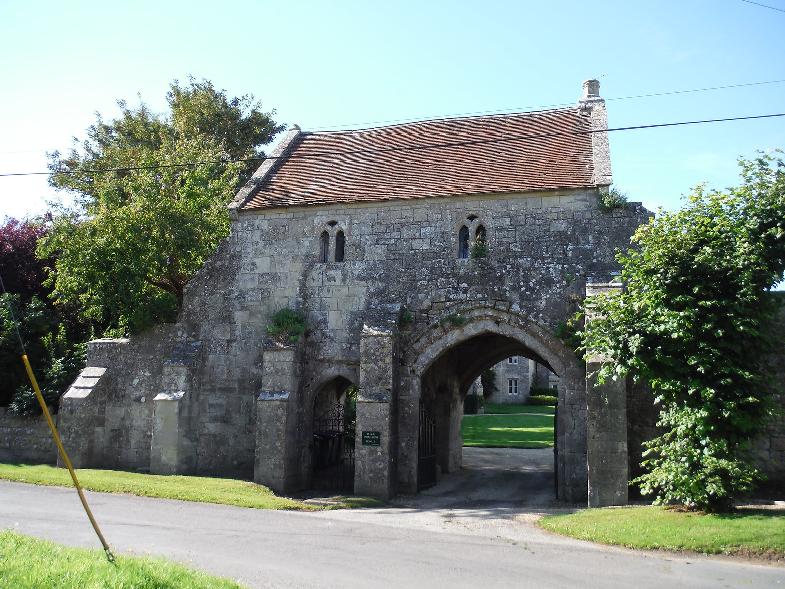 Gate House, Place Farm, Tisbury SWC Walk 248 Tisbury Circular via Hindon