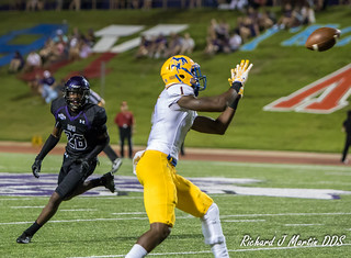 football_sfa_2015-297 | by mcneese72