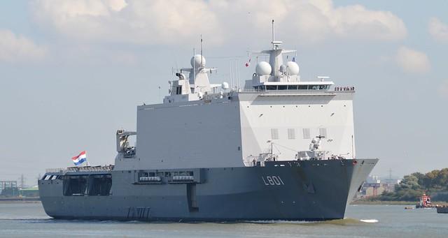HNLMS Johan de Witt L801 (4) @ Gallions Reach 11-09-15