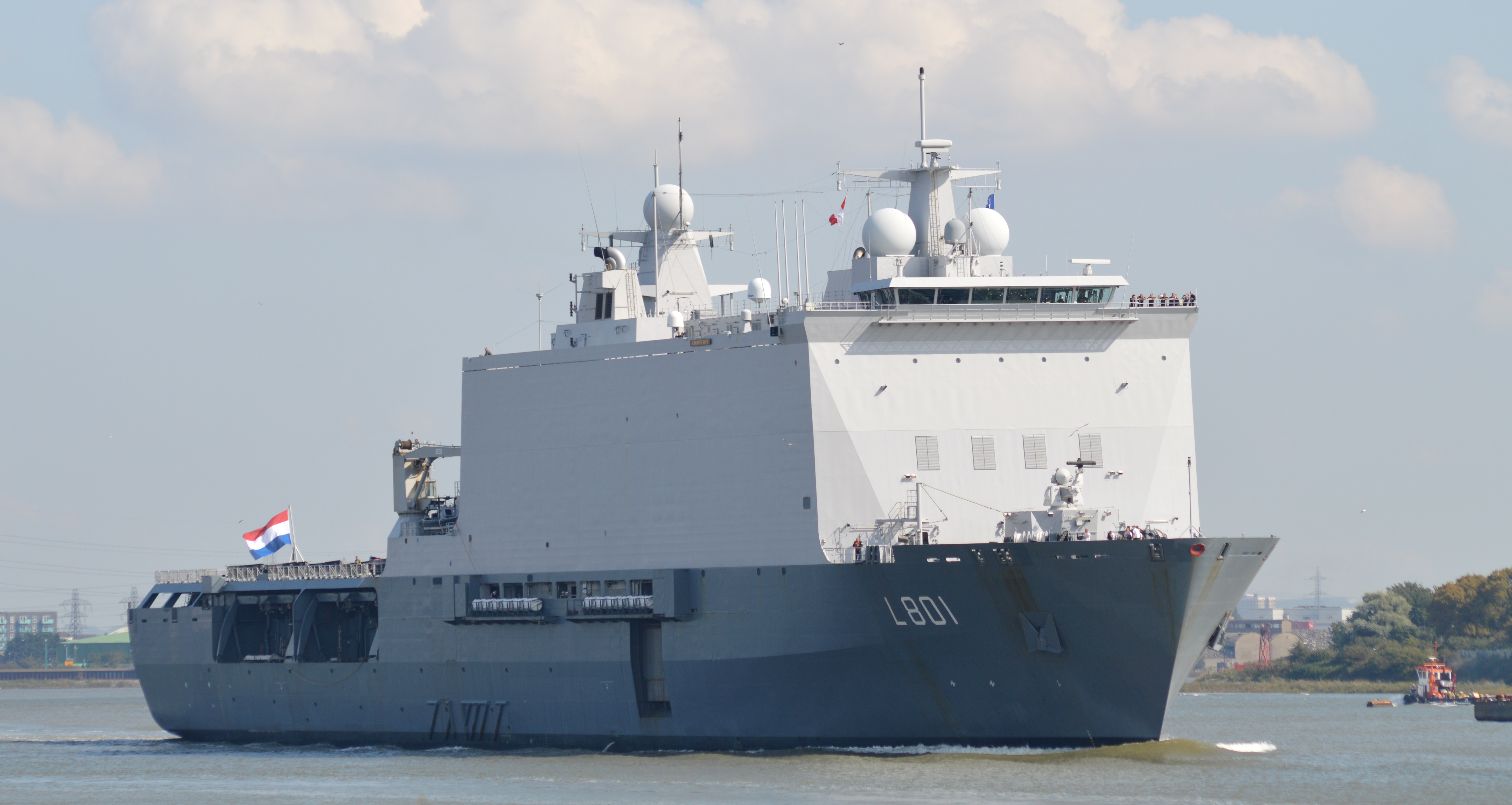 Amfibische transportschepen - Landing Platform Dock 21342652041_40015b5871_o