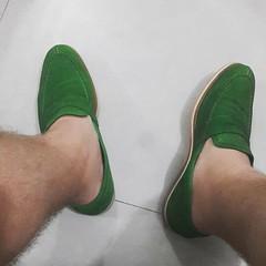 Não, não sou palneirense! É estilo mesmo, né @louiesaopaulo!?!? *************** #handmadeshoes #liveyourstyle #men #shoes #footwear #sapatos #sapatomasculino #modamasculina #acessóriosmasculinos #moda #sapatododia #shoesoftheday #outfit #lookdodia #style