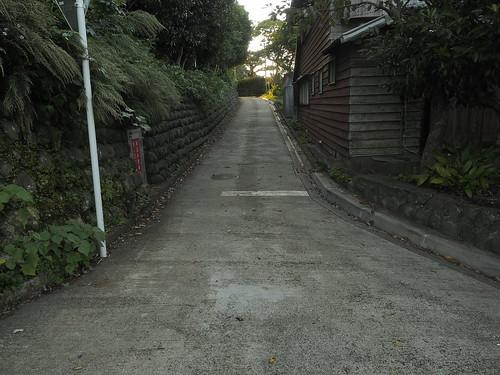 末広がりの坂道
