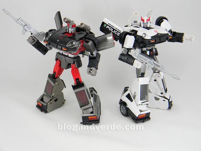 Transformers Streak - Masterpiece - modo robot vs Prowl