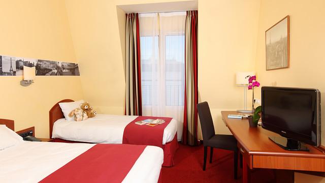 Hotel l'Elysée Val d'Europe
