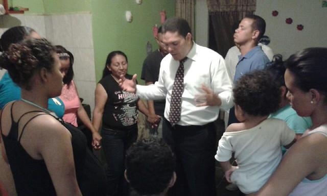 Casa de Oración: Av. Casanova, Caracas.
