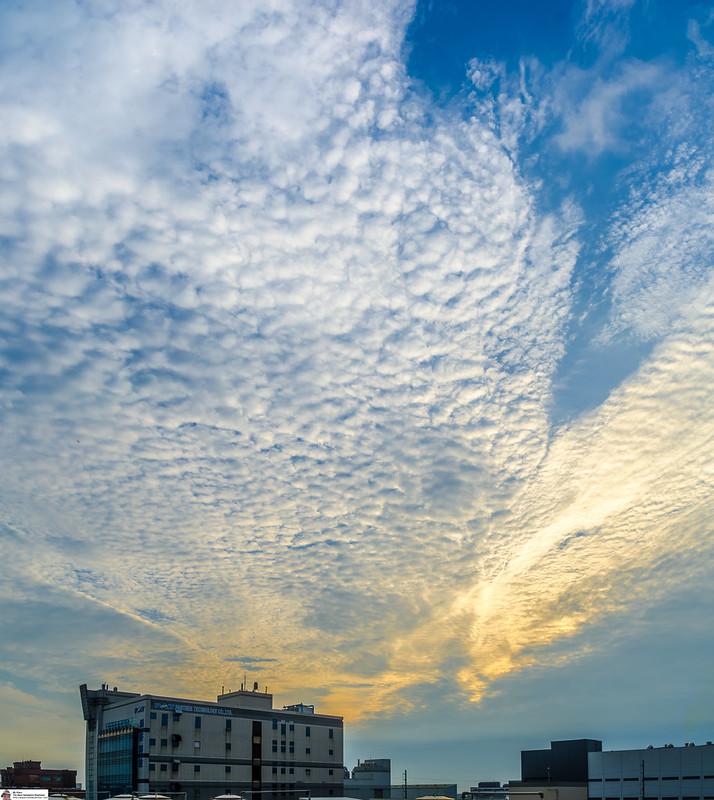 Hukou Evening Sky