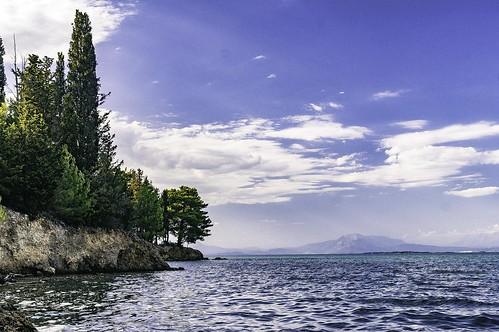 trees sea seascape clouds landscape greece gr δέντρα σύννεφα τοπίο θάλασσα vonitsa etoloakarnania βόνιτσα θαλασσινότοπίο