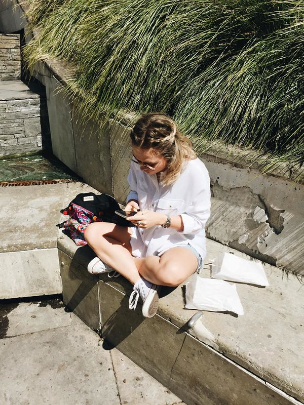 StolenInspiration.com | Kendra Alexandra | 2015 Fashion Blog | Converse, Royale Novella