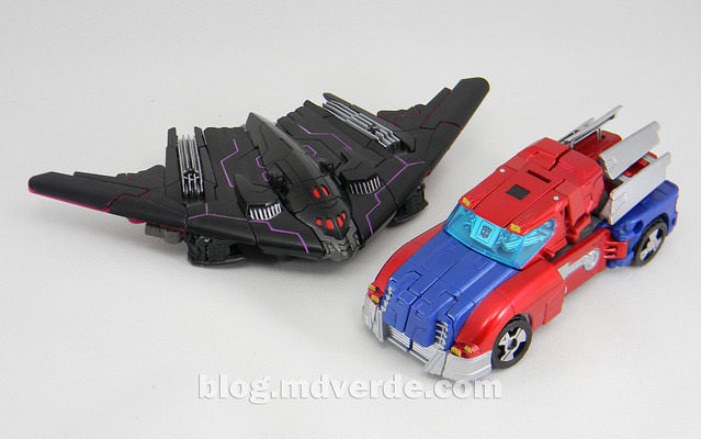 Transformers Orion Pax vs Megatronus Deluxe - Generations - modo alterno