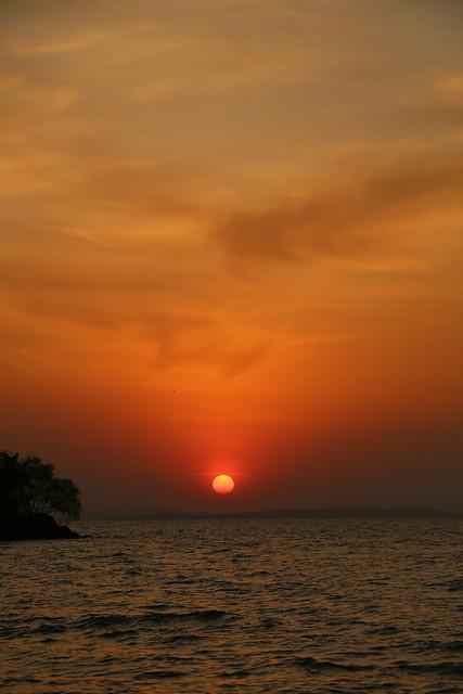 Sunset Lake Victoria.