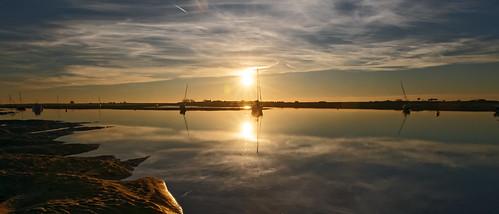 sunset cloud sun reflection sailbot