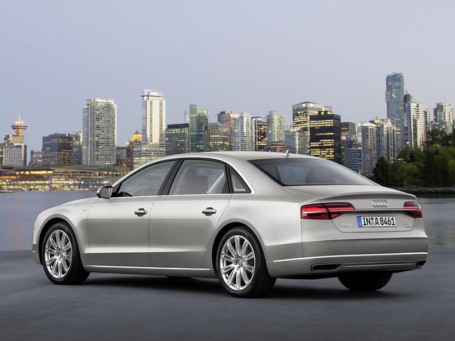 Фото Audi A8 D4