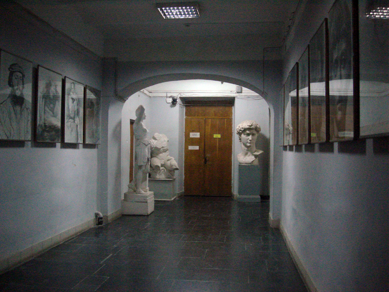 art academy dculptures