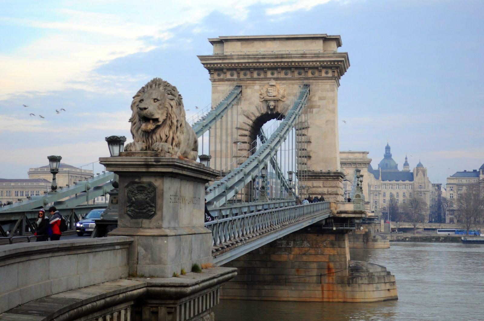 Qué ver en Budapest en un fin de semana: Puente de las Cadenas desde Buda budapest en un fin de semana - 20799588154 bdb5c9ac03 o - Qué ver en Budapest en un fin de semana