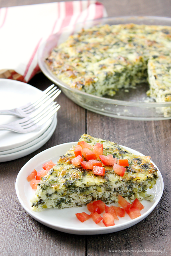 This Crustless Spinach Quiche makes an easy weeknight meal solution! #SmartMeals #ad