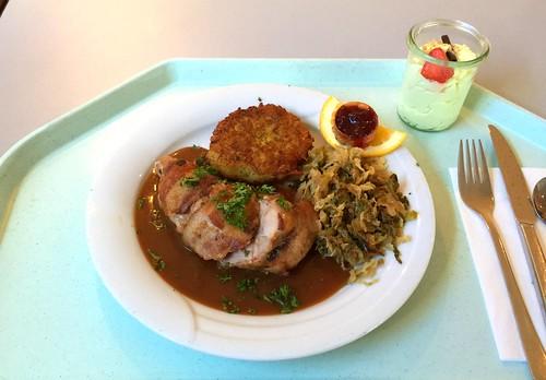 Pheasant breast in bacon with savoy & herb roesti / Fasanenbrust im Speckmantel mit Maronenfüllung, geschmorten Wirsing & Kräuterrösti