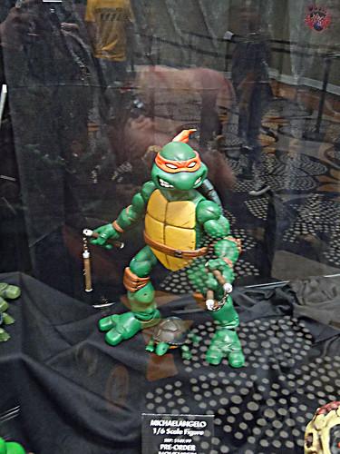 MondoCon 2015 :: Toy Display; TMNT 1/6 figures - MICHELANGELO