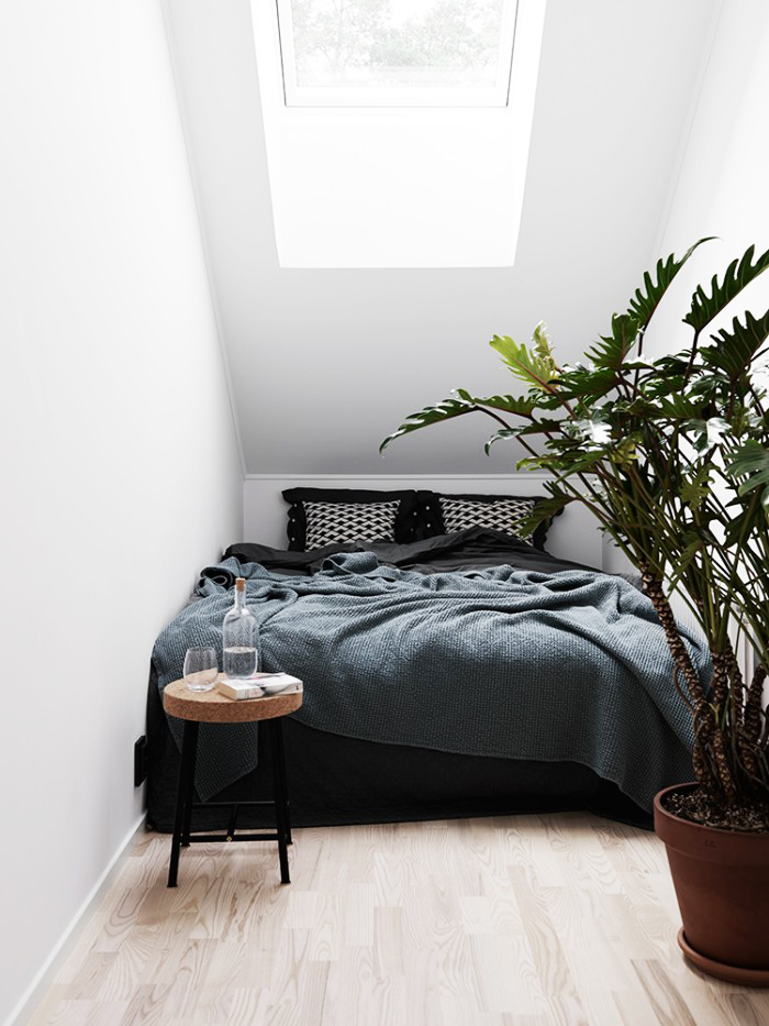 minimalist Room Deisgn For Small Spaces