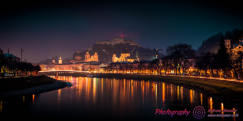Salzburg Castle @ foggy night