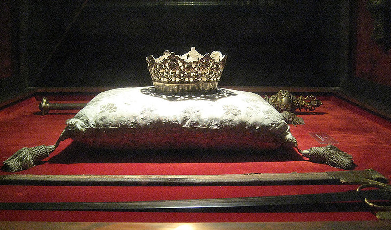 Isabelle of Catile` Crown with her husband Ferdinand of Aragon`s sword in Capilla Real, Granada