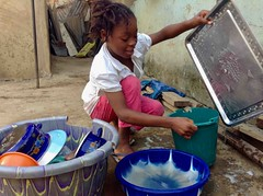 Onarhoda, Igede girl, doing dishes in Ushafa Village, FCT, Abuja, Nigeria. #JujuFilms