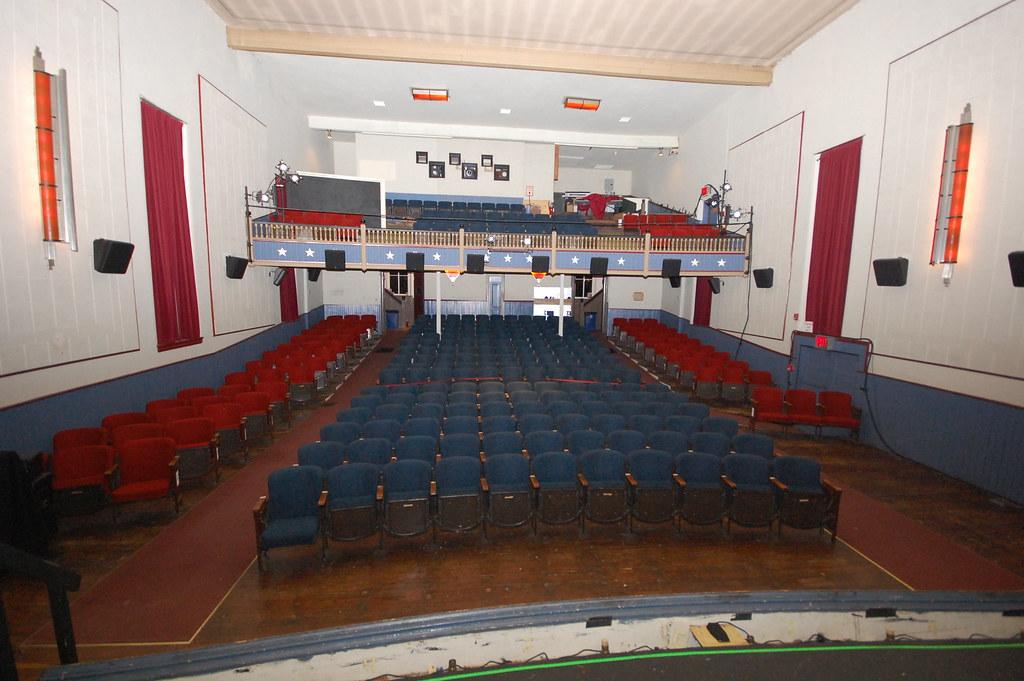 Interior of Newtown Theatre - Courtesy of the Newtown Theatre - Retro Roadmap