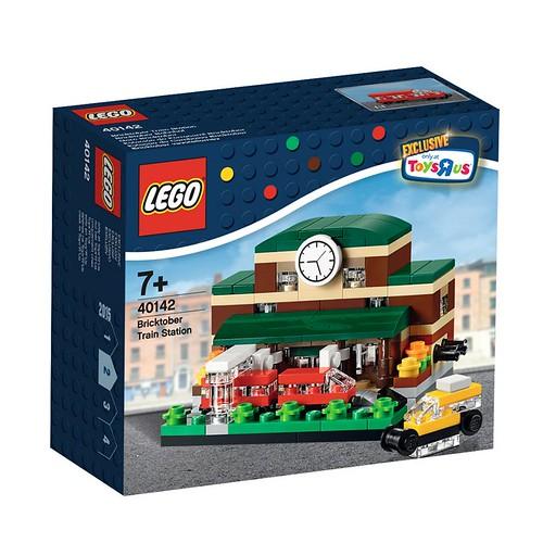 LEGO Bricktober Train Station 40142 Box