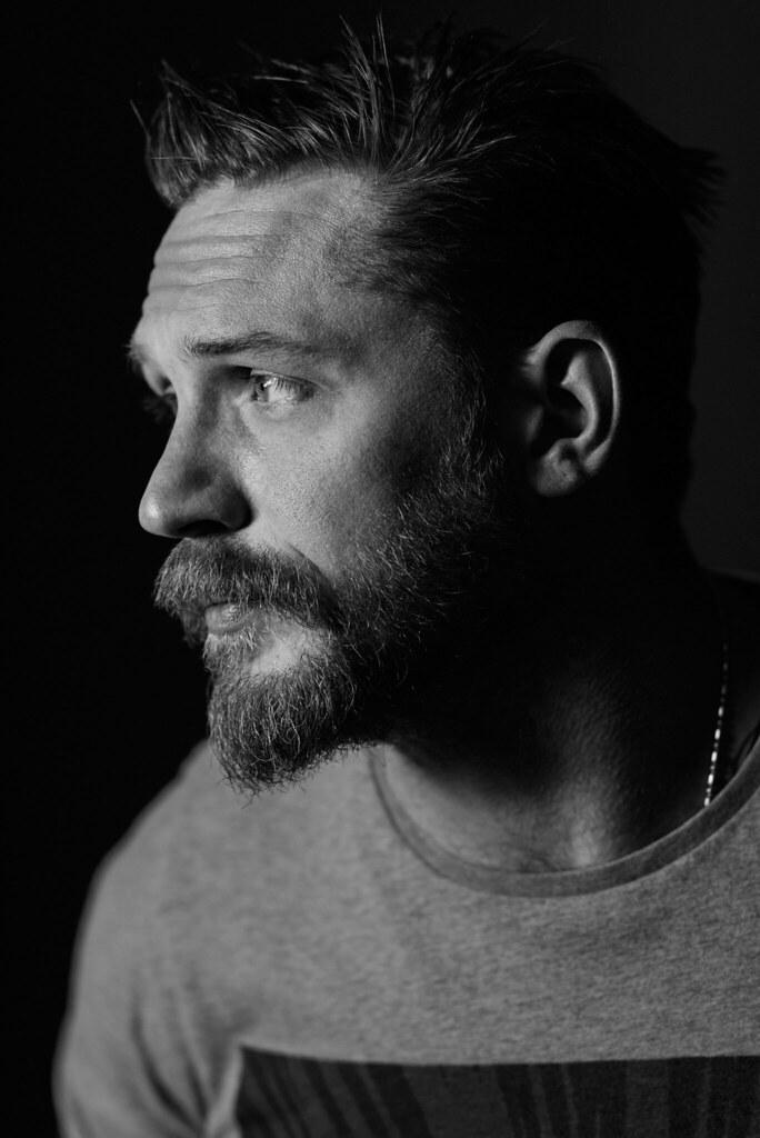 Том Харди — Фотосессия для «Легенда» на «TIFF» 2015 – 7