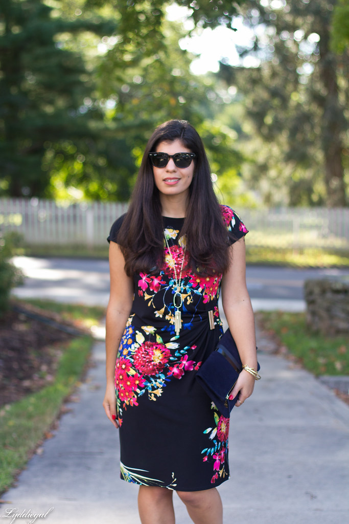 floral print dress, red pumps, clare v clutch-1.jpg