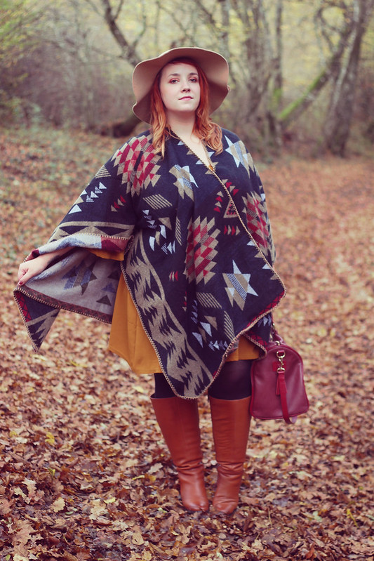 French Curves cape ou poncho17