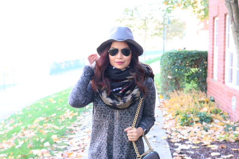 Fall-outfit-use-poncho-infinity-scarf-3c