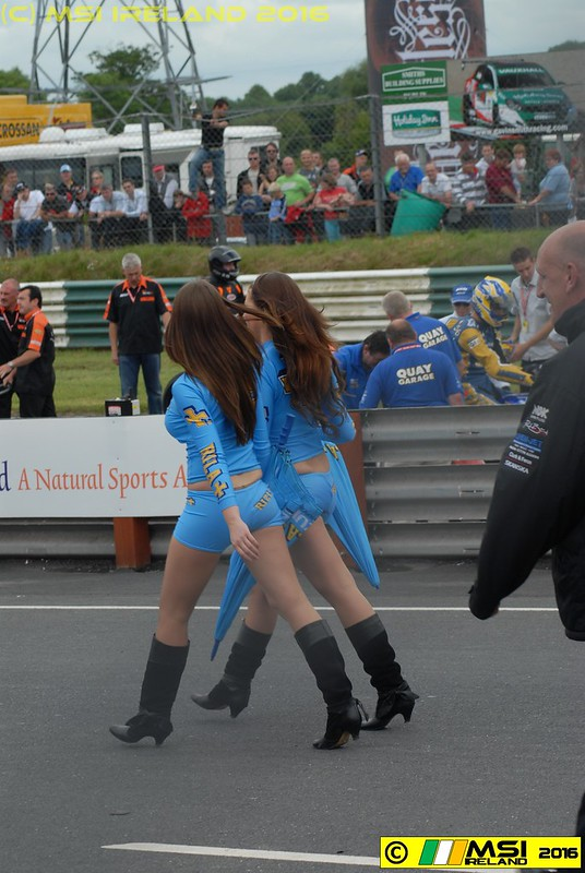 Twins in step! Rizla girls on the grid. 101_9834