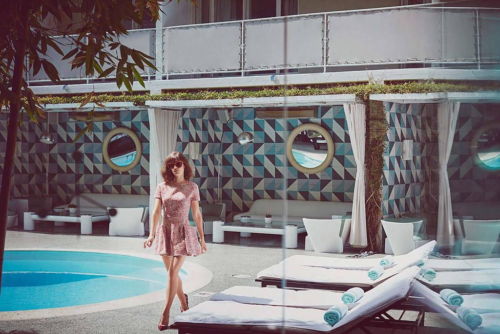 Лиззи Каплан — Фотосессия для «Malibu» 2015 – 3