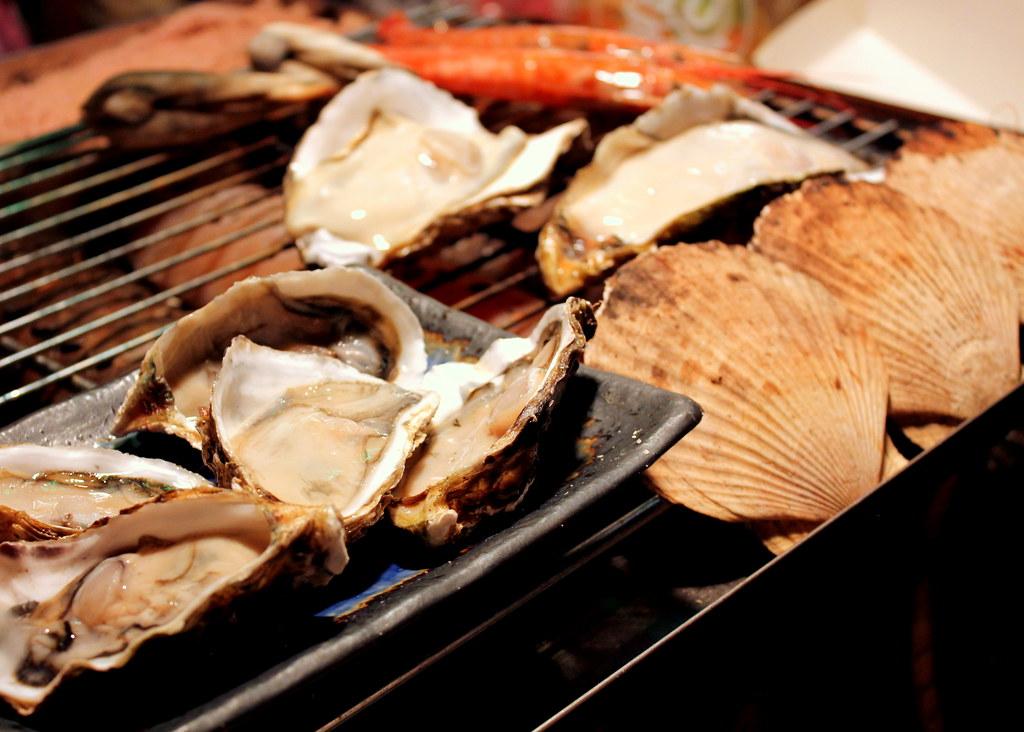 Taipei Night Market Trail: ningxia night market seafood galore