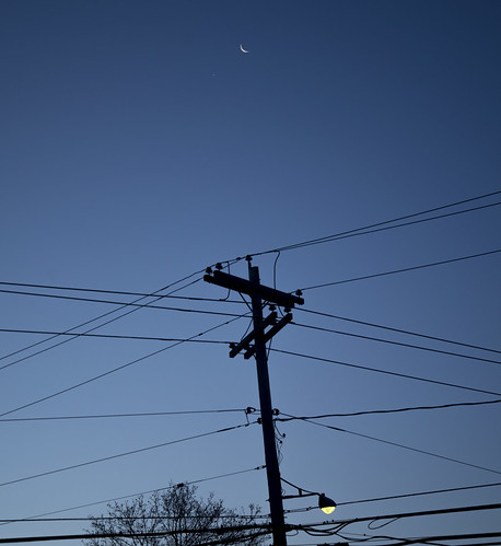 morning moon venus astronomy utilitypole conjunction