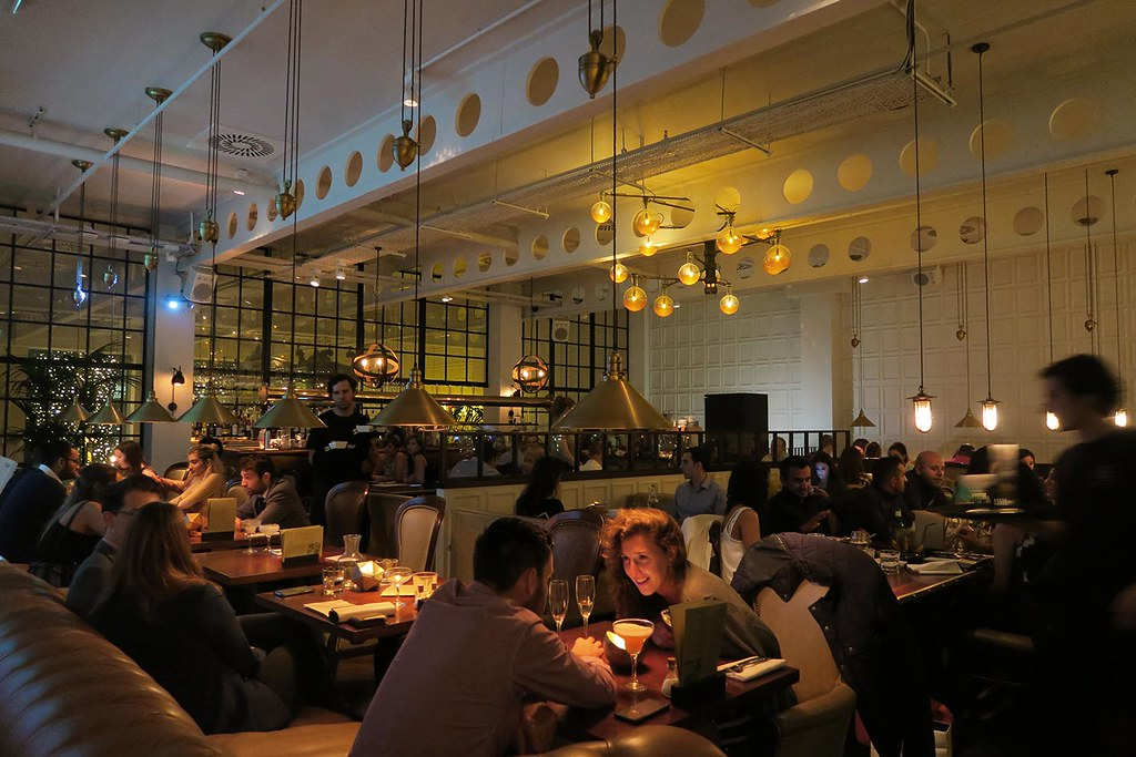 atmospheric-restaurant-at-the-alchemist