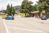 День 8. Дорога до люцерна - идеальная парковка для туриста: есть туалет, вода, тень и столик с лавочками.