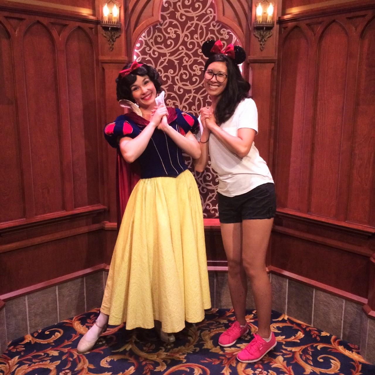Meeting Snow White at Disneyland