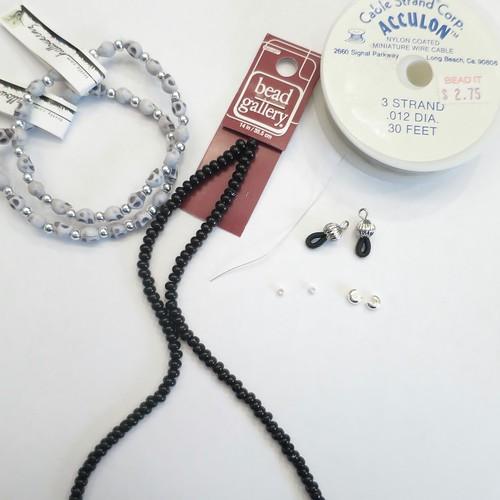 Iron Craft '15 Challenge 21 - Beaded Eyeglass Chain