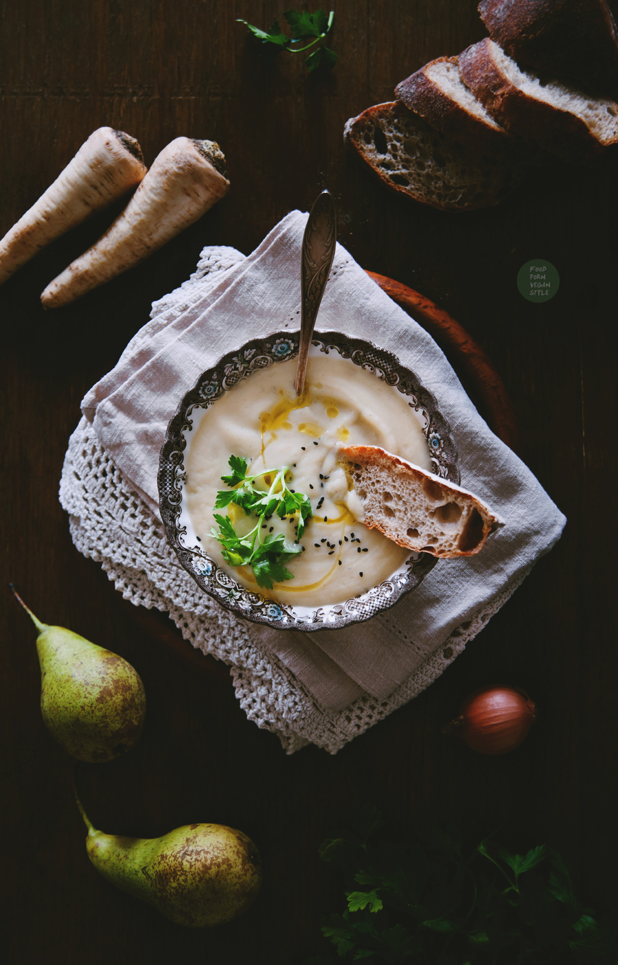 Pear and parsnip soup with tarragon