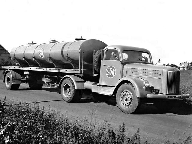 Тягач с цистерной Scania-Vabis L51. 1955 год