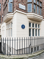 Photo of J. M. Barrie blue plaque